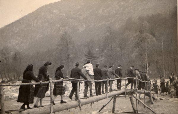 Si attraversa il fiume Melezzo